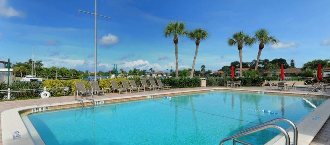 Gulf Shores Realty: 465925437