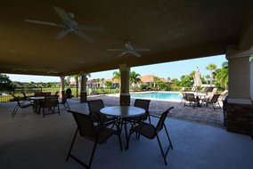 Gulf Shores Realty: 1045983810