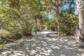 Gulf Shores Realty: 1134782140