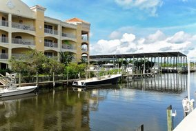 Gulf Shores Realty: 1317580854
