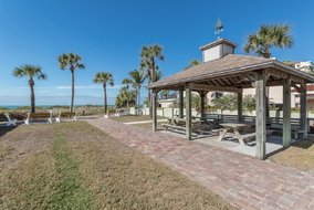 Gulf Shores Realty: 1612740333