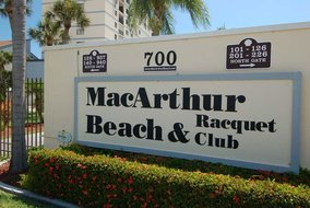 Gulf Shores Realty: 1646473252