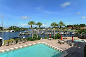 Gulf Shores Realty: 1913765211