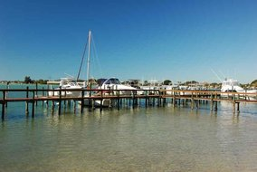 Gulf Shores Realty: 392115463