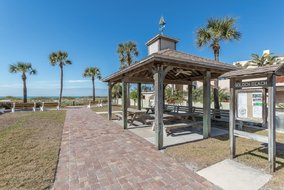 Gulf Shores Realty: 957019492