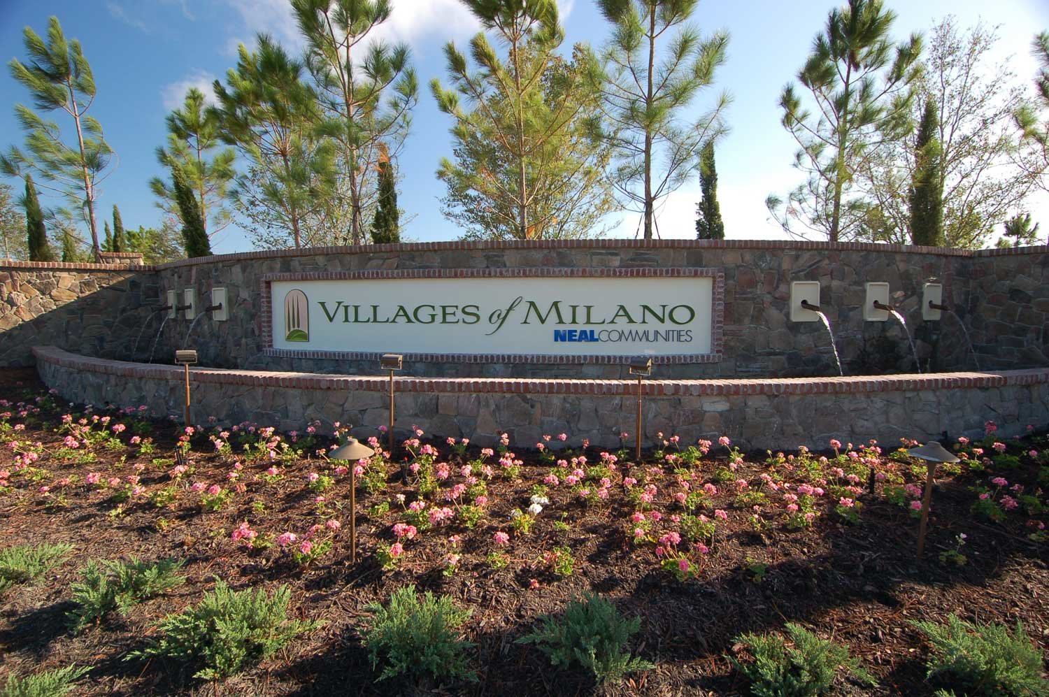 Villages of Milano Entrance Sign